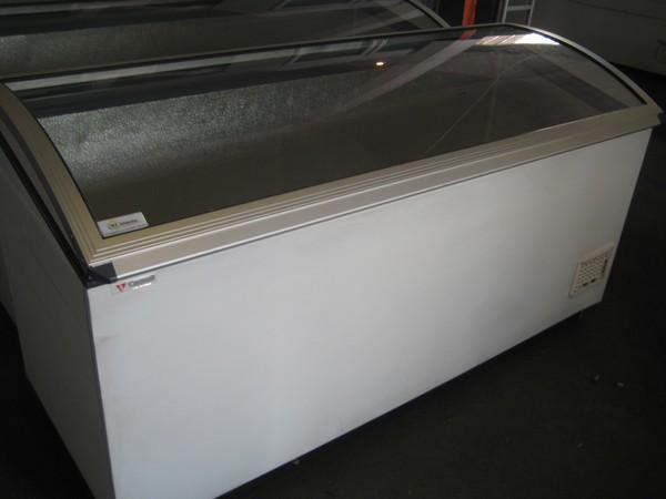 Caravel 1.8M Lift Top Display Freezer