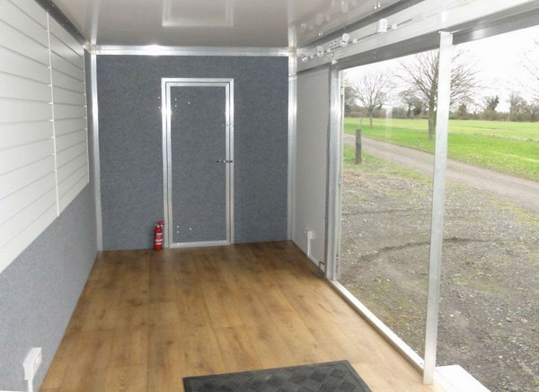 Used exhibition trailer / unit