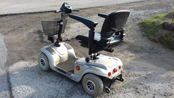 Ride on mobility scooter