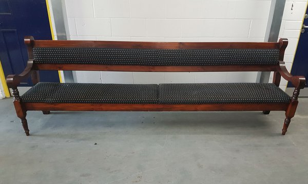 Long bench / settle