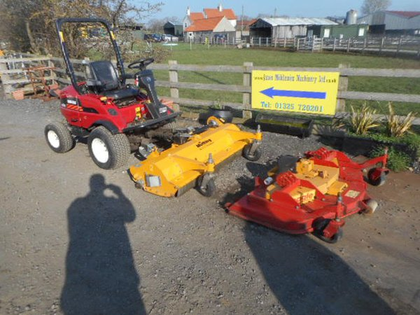 Shibaura CM364 Out Front Mower With Flail And Mulching Deck