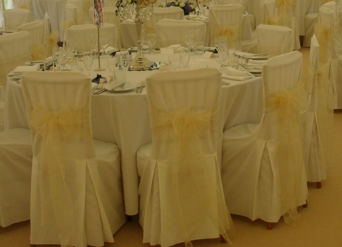Wondrous 100X Chair Covers Midlands Onthecornerstone Fun Painted Chair Ideas Images Onthecornerstoneorg