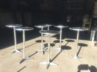 Poseur out door tables