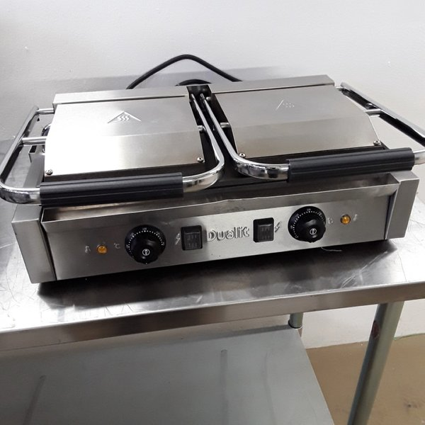Panini contact grill