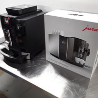 New B Grade Jura WE6 CS150 Bean to Cup Coffee Machine and Cup Warmer (8361)