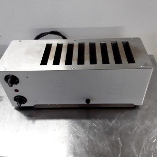 8 Slice toaster
