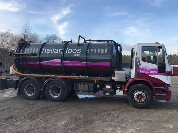 Vacuum tank lorry for sale