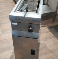 Floor standing gas fryer for sale