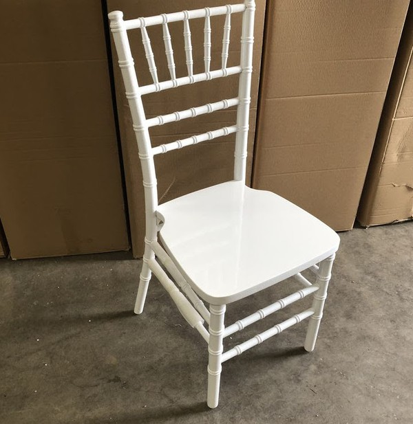 250 x White Wooden Chiavari Banqueting Chairs