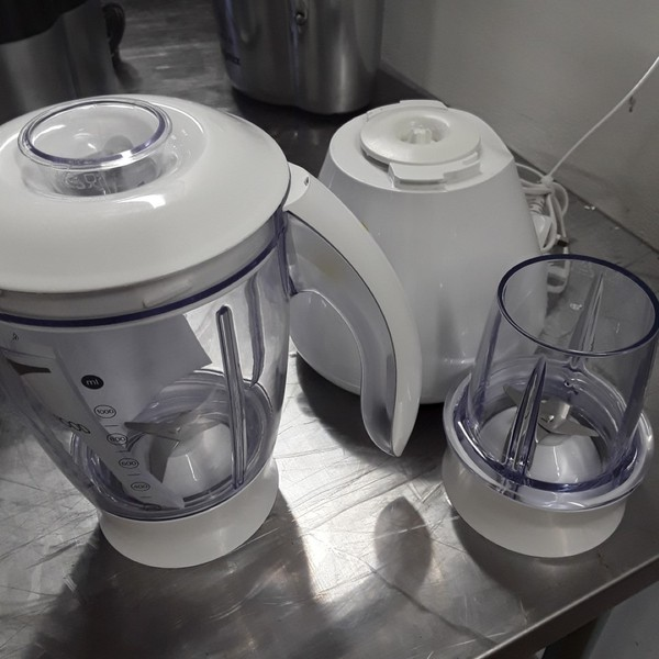 Kenwood J697 Blender
