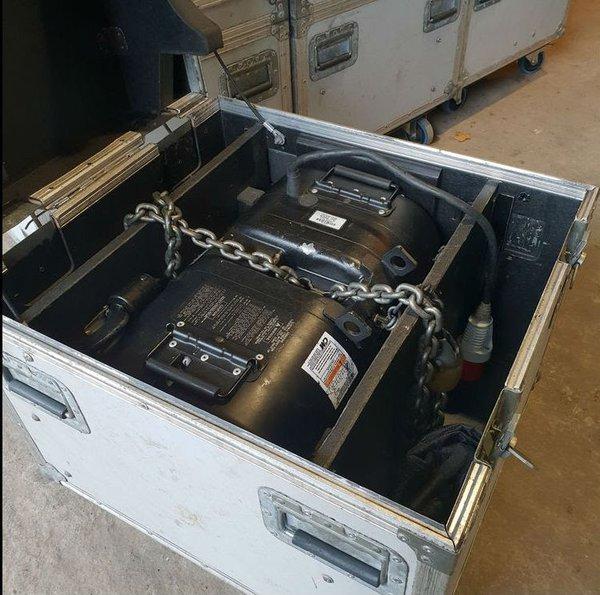 Lodestar 1 Ton Chain Hoist