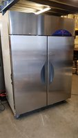 Williams upright double door fridge