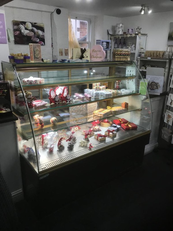 Buy Used Trimco 150 Chocolate Refrigerated Display