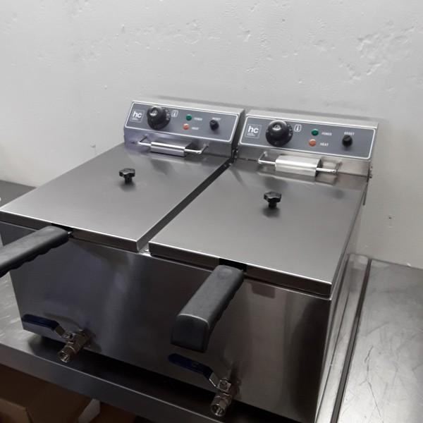 New HC HC-SFE2-17D Double Table Top Fryer 17 + 17L(8454)