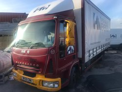 Iveco curtain side lorry for sale