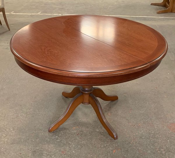Round Mahogany dining table