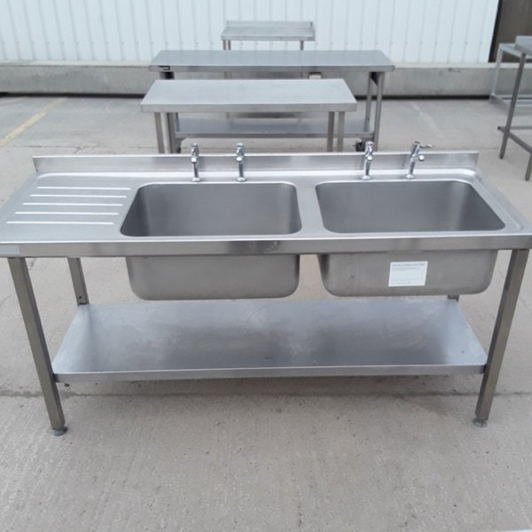 Double sink with small left hand drainer