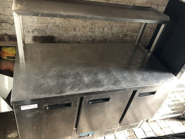 Used 3 door polar prep fridge with shelf