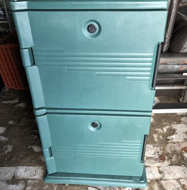 Cambro hot cupboard/ Large thermo box/ hot box