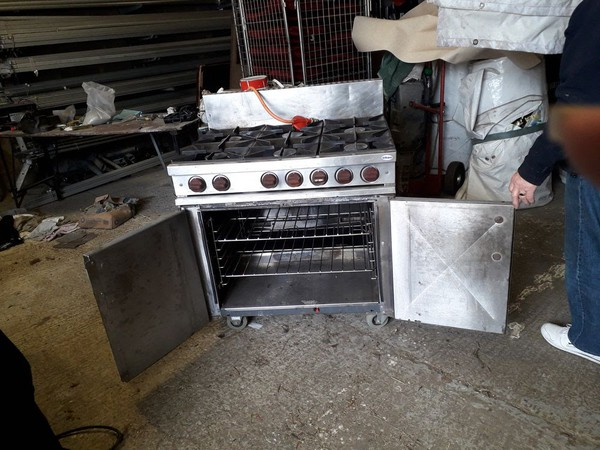 6 burner Calor gas stove / oven for sale