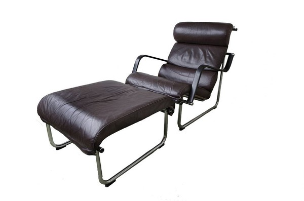 2 Avarte Remmi dark brown  leather chairs and footstools