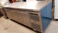Gram GASTRO F 2408 CSH A DL DL DR C2 U 2/1 GN 865 Ltr Freezer Counter