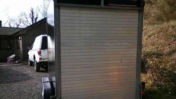 Selling Twin Axle 8x5 Box Trailer