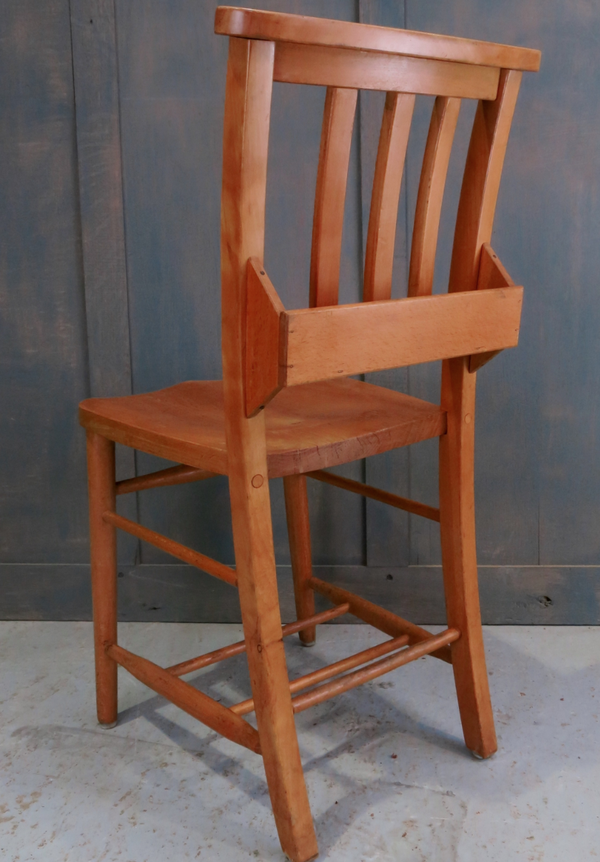 Secondhand chapel chairs