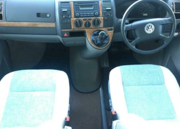 VW Autosleeper Sandhurst