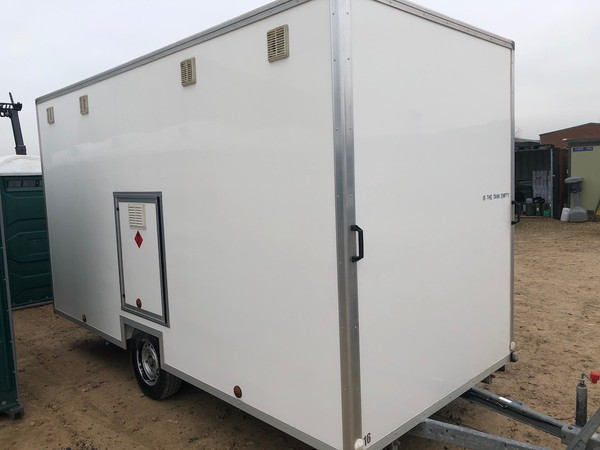 Used 4 Bay Gas Shower Trailer