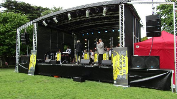Curlew - SecondHand Marquees | Portable Stages