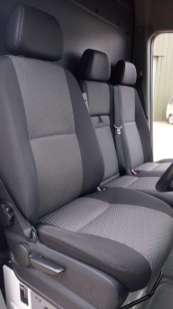 3 seats Crafter