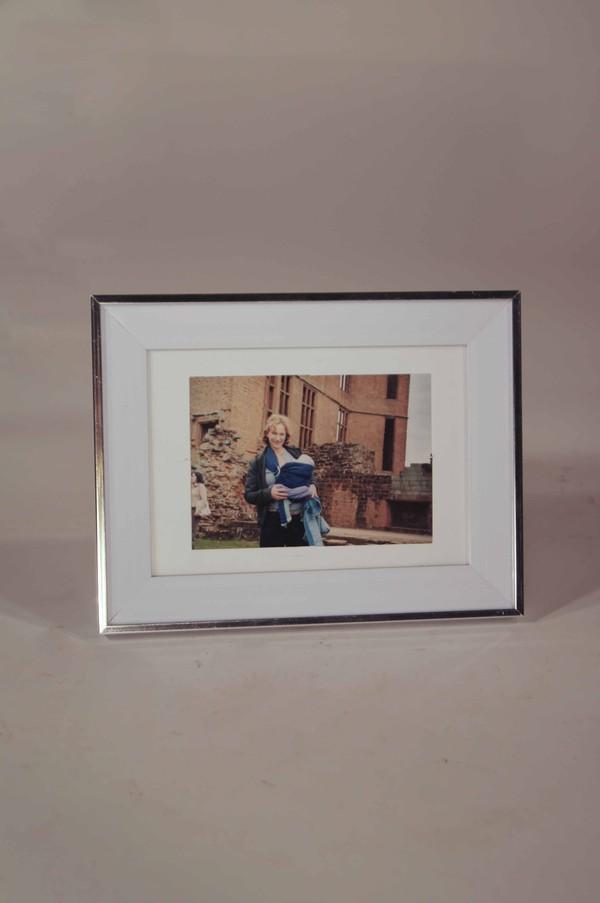 A4 Silver desktop photo frame