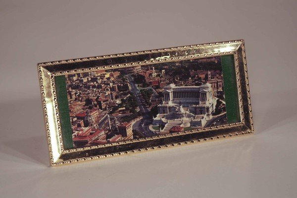 Small gold picture frame