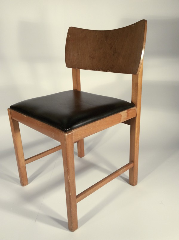 Black and wood retro chair