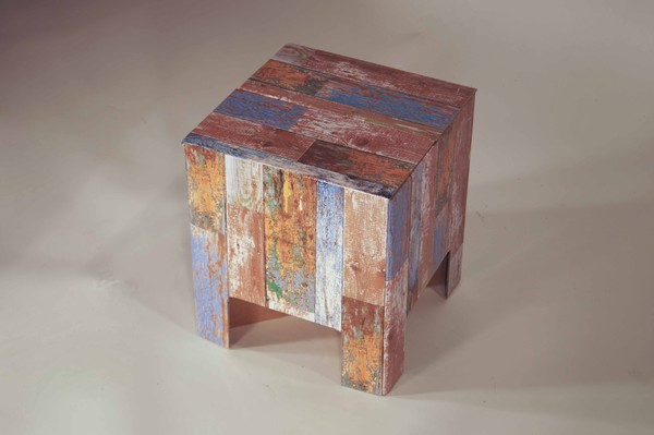 Pallete pattern card stool