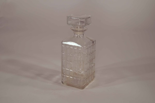 Large square decanter