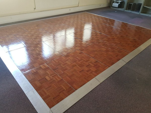 15 x 15ft wooden parquet dance floor
