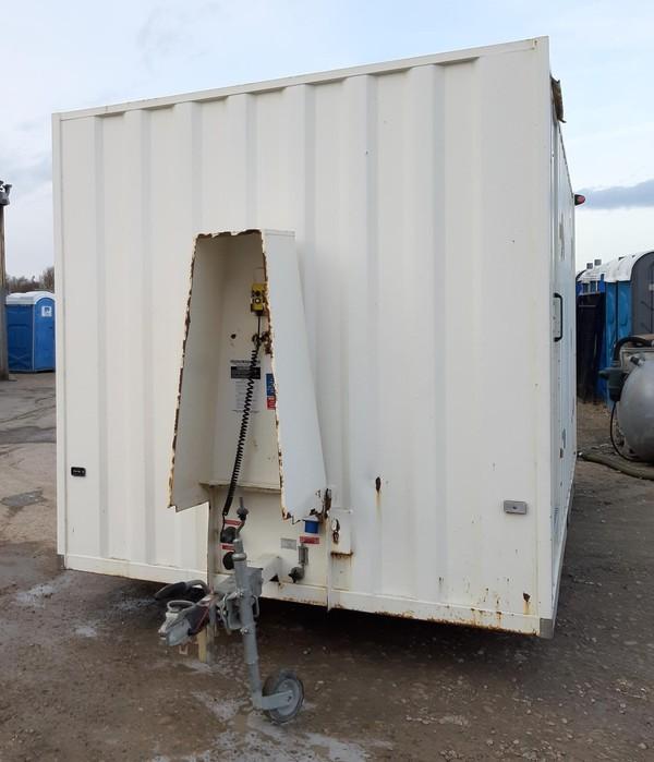 16ft Boss Mobile Towable 10 Man Welfare Unit Open Plan - Lincolnshire 1