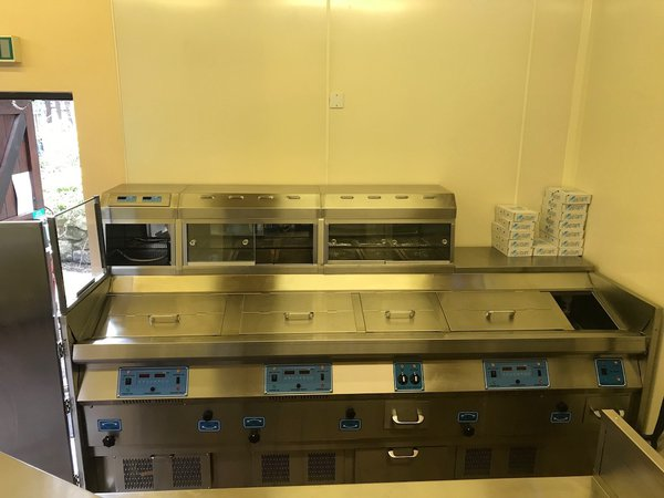Henry Nuttall 3 Pan LPG Eco Fish Frying Wall Range