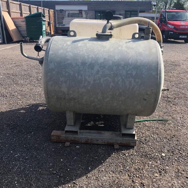 Vacuum tank for sale