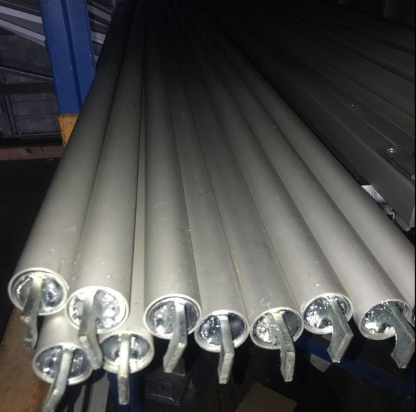 10 Brand new 3m curtain rails 38mm dia tube