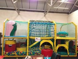 Large Children's Play Centre and Ball Pool