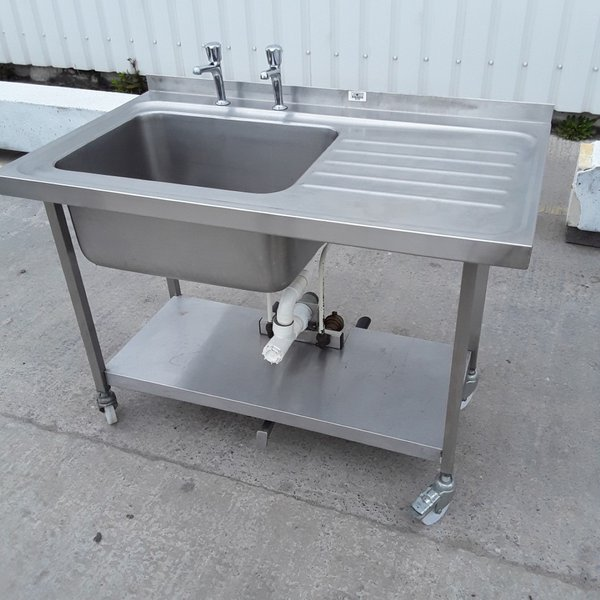1.2m single sink with RH drainer