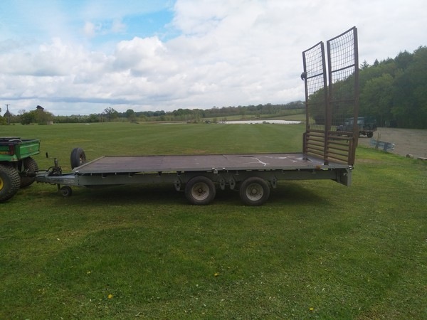 2T Ifor Williams flat bed trailer