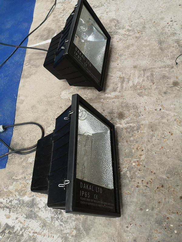 Water proof flood lights