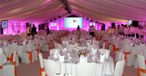 Used Roder Clearspan Marquees with CC Lining