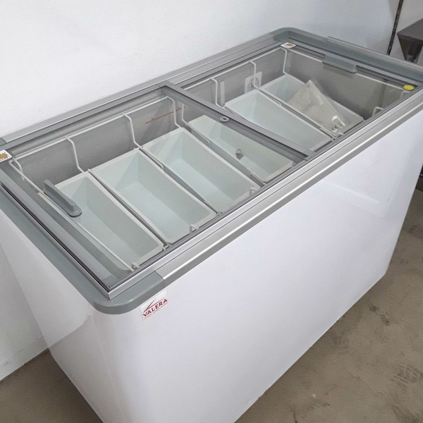 Valera KDF370 Ice Cream Display Freezer