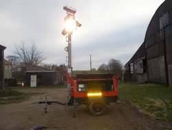 Road tow lighting towers