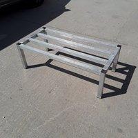 Used Aluminium Stand (8795) 104cmW x 50cmD x 35cmH